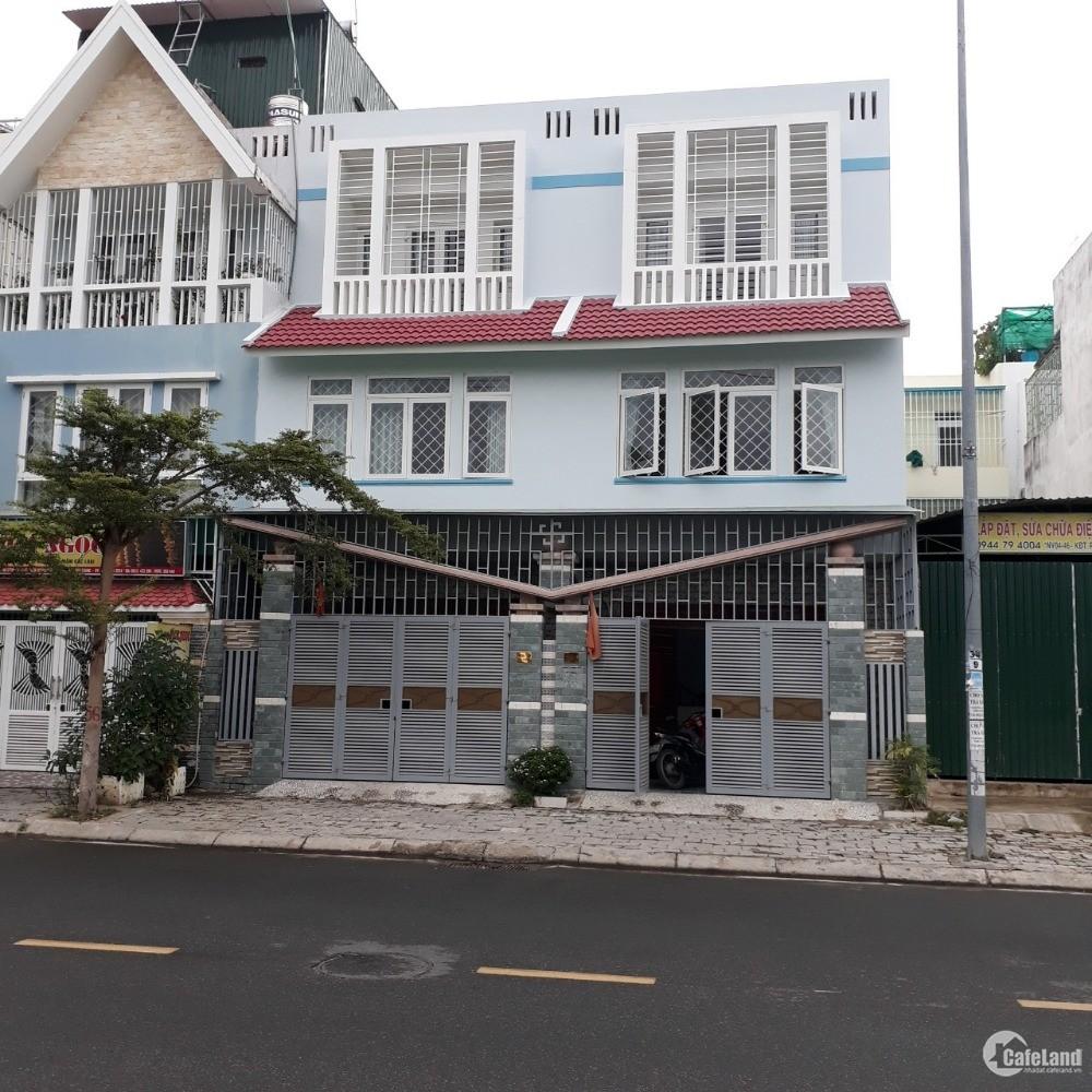 Cho thuê 2 nhà liền kề mặt tiền đường Thích Quảng Đức, Nha Trang, Khánh Hoà