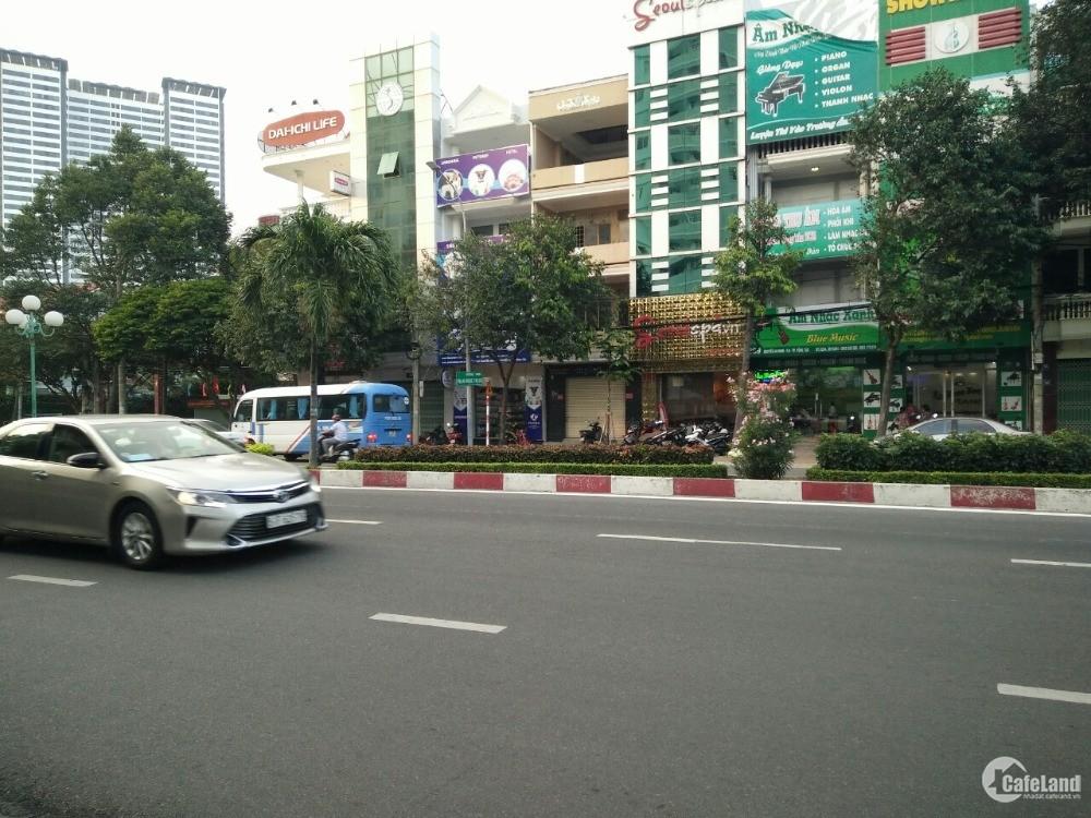 Cho thuê  6 Phòng, 3 lầu, mặt tiền đường Nguyễn An Ninh