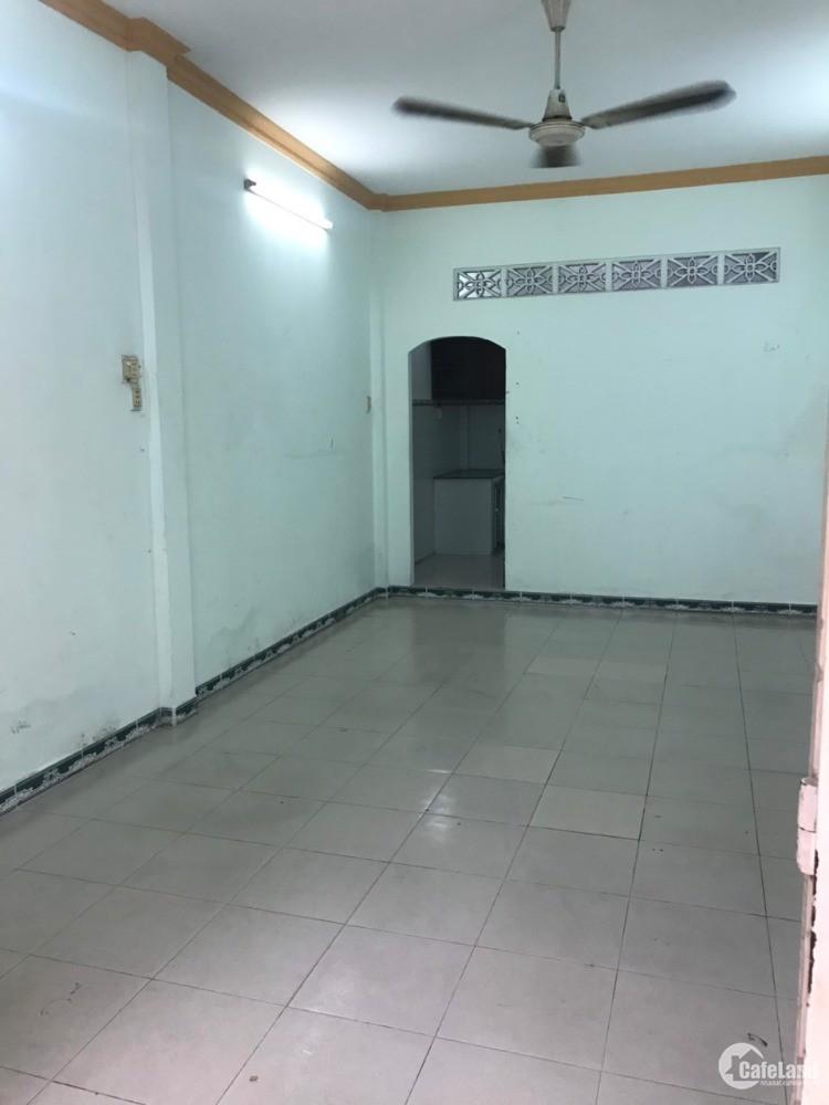 Cho thuê nhà nguyên căn Phạm Hùng-P4-Quận 8. 4x14m, 1 trệt 1 lầu. giá 12tr/thg.
