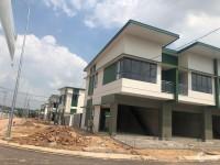 Oasis City Nhà 1 trệt 1 lầu, đối diện ĐH qtế Việt Đức, trt KCN Mỹ Phước