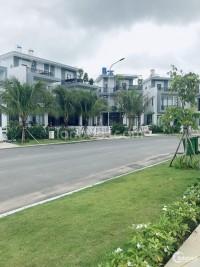Có căn biệt thự của gia đình cần bán,6x15,SHR,đường 20m,đường Nguyễn Văn Bứa
