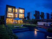 Bán biệt thự Holm Villas ven sông Thảo Điền, DT 530m2, hồ bơi, 2 tầng, sổ hồng