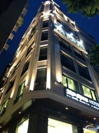 TIN MỚI! Bán tòa nhà BUILDING – HOTEL, 200m, 9 tầng thang máy, MT 10m, trung tâm