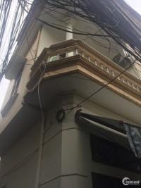 Bán nhà phố Văn Cao ngõ thông, hai mặt thoáng, 30m mặt tiền 5m nhỉnh 3 tỷ