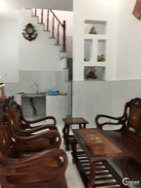 Chính chủ cần tiền nên bán lại căn nhà mới xây để lại bộ nội thất diên tích 70m2