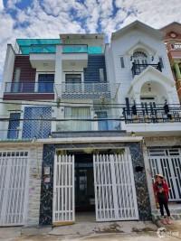 Nhà 68m2 huyện Bình Chánh, 1 trệt 2 lầu có SHR