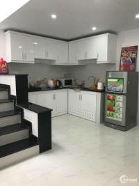 Cần bán gấp nhà Cô Giang, hẽm trước nhà 5m,65m2, giá tốt nhất ở Phú Nhuận