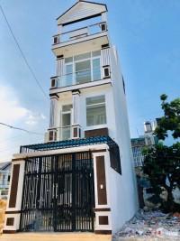 Bán nhà 1 trệt 2 lầu , dt: 68m2, giá .4,750 tỷ sát Phạm Văn Đồng. P. Linh Đông