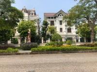 Chính chủ cần bán lô đất thổ cư tại gần sân Gofl Đồng Mô - Hoà Lạc