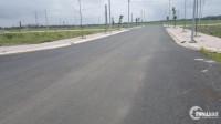 Dự án nằm ngay mặt tiền đường 30 m,  đối diện trung tâm thương mại.