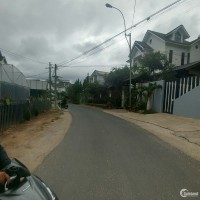 - Cần Bán đất mặt tiền Trần Quang Khải giá rẻ nhất khu vực - chỉ 33,8 triệu/m2,