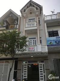 Cho thuê nguyên căn nhà MT Trần Quang Khải, Q.1, DT: 4.2x20m
