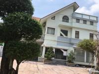 Nhà 2 mặt tiền Nguyễn Duy Trinh, Q.9 cần cho thuê 617m2