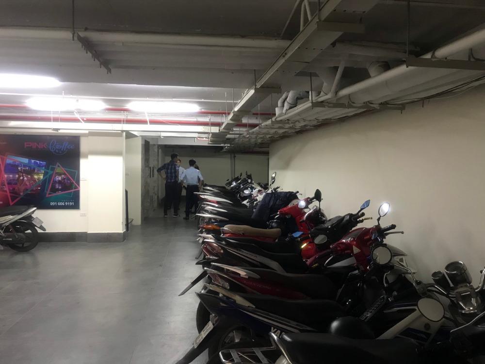 Cho thuê văn phòng ở mặt đường Nguyễn Văn Huyên, diện tích 100m2. Giá chỉ 11$/m2