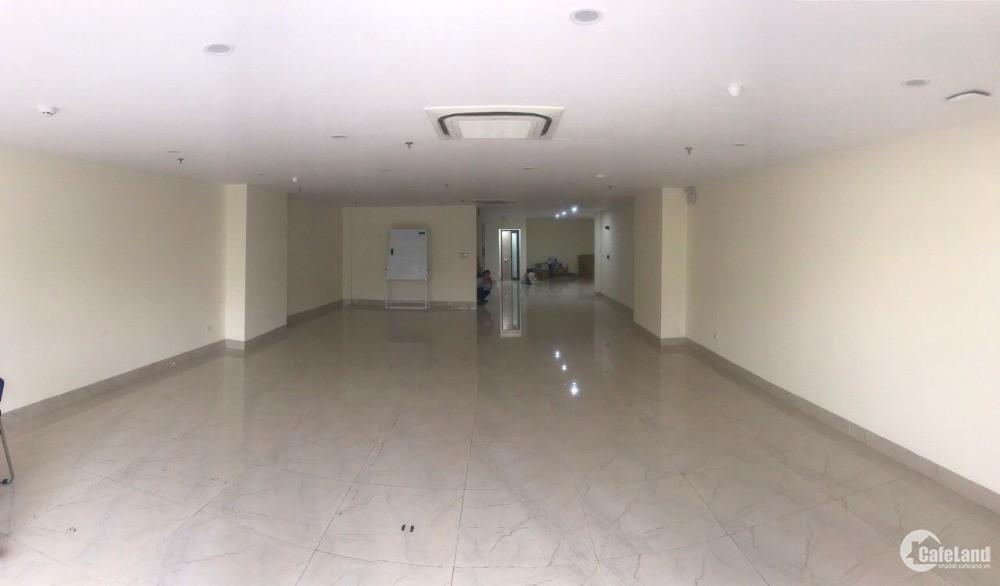 Cho thuê văn phòng gần ngay mặt đường Nguyễn Văn Huyên. Cầu GIấy 0389899961