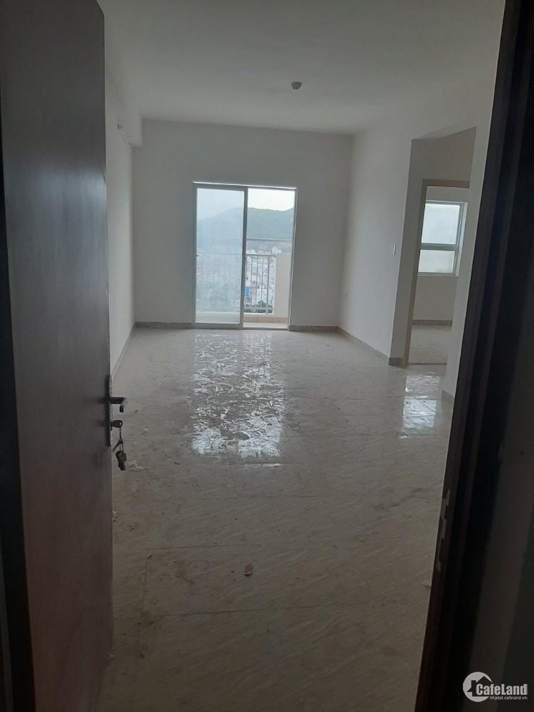 Bán căn hộ chung cư thương mại giá rẻ view xéo biển tại Nha Trang, 800 triệu