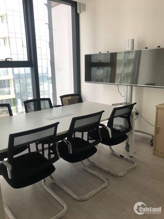 Bán căn hộ Quận 1 - Vinhomes Ba Son Lux6-3801, giá cực rẻ