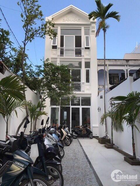 Bán nhà 1 trệt 2 lầu mặt tiền Nguyễn Thị Minh Khai, p. Phước Hòa, tp. Nha Trang