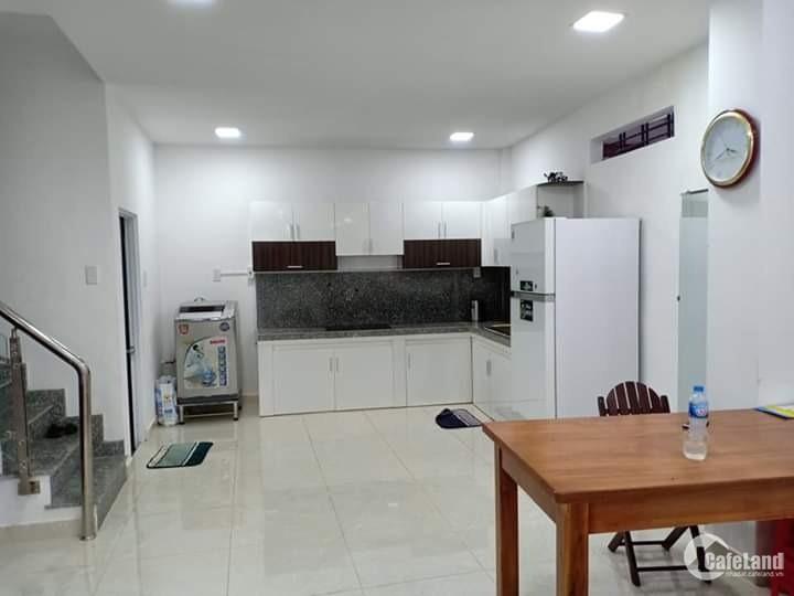 Nhà bán dưới 3.25 tỷ P10 Tân Bình, 38m2, hẻm 3m.