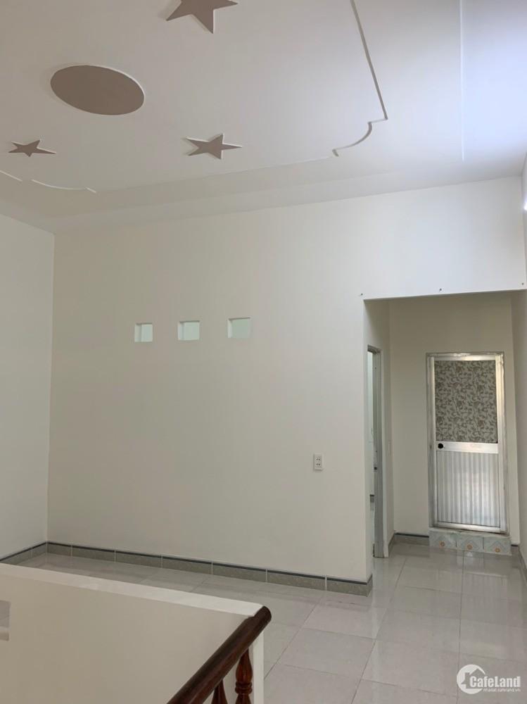 Nhà 1 lầu 1 trệt sr 60m, 3p ngủ, đường 8m, cách chợ tân long 200m