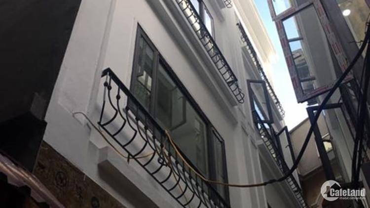 Bán nhà đẹp vào ở luôn mới xây 5 tầng ngõ 41 Đông Tác