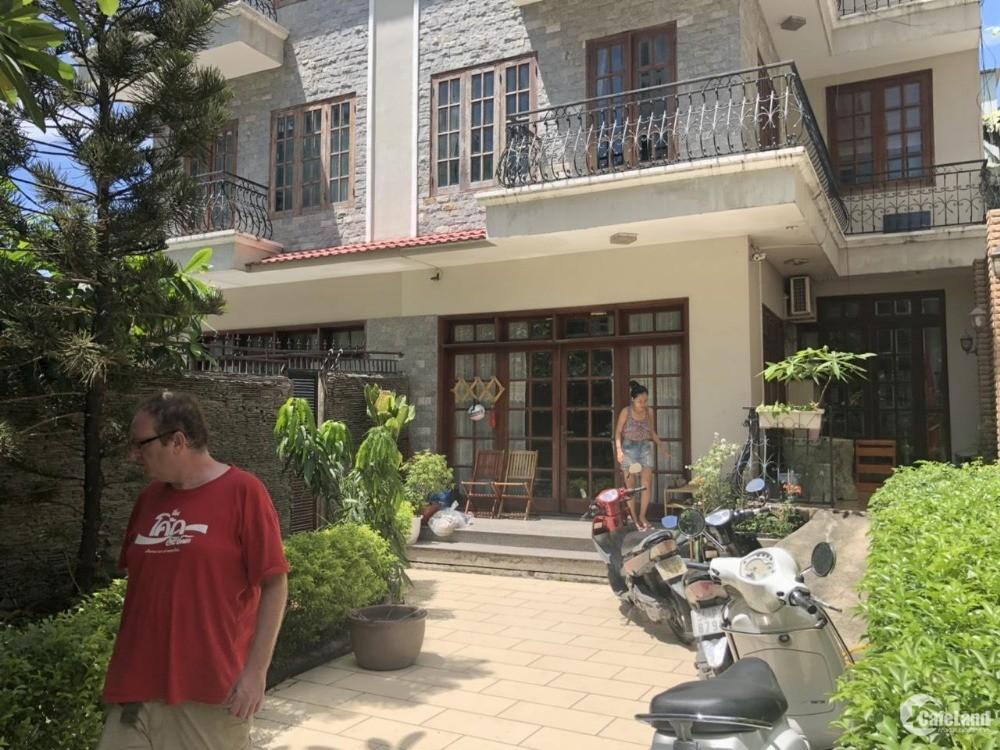 Chủ đi định cư bán gấp căn Biệt Thự đôi siêu VIP đường Nguyễn Thị Thập, Q7