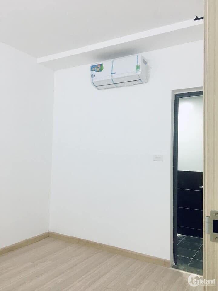 5 .Cho thuê căn hộ chung cư khu đô thị Việt Hưng 80m2,full nội thất,3 phòng ngủ,