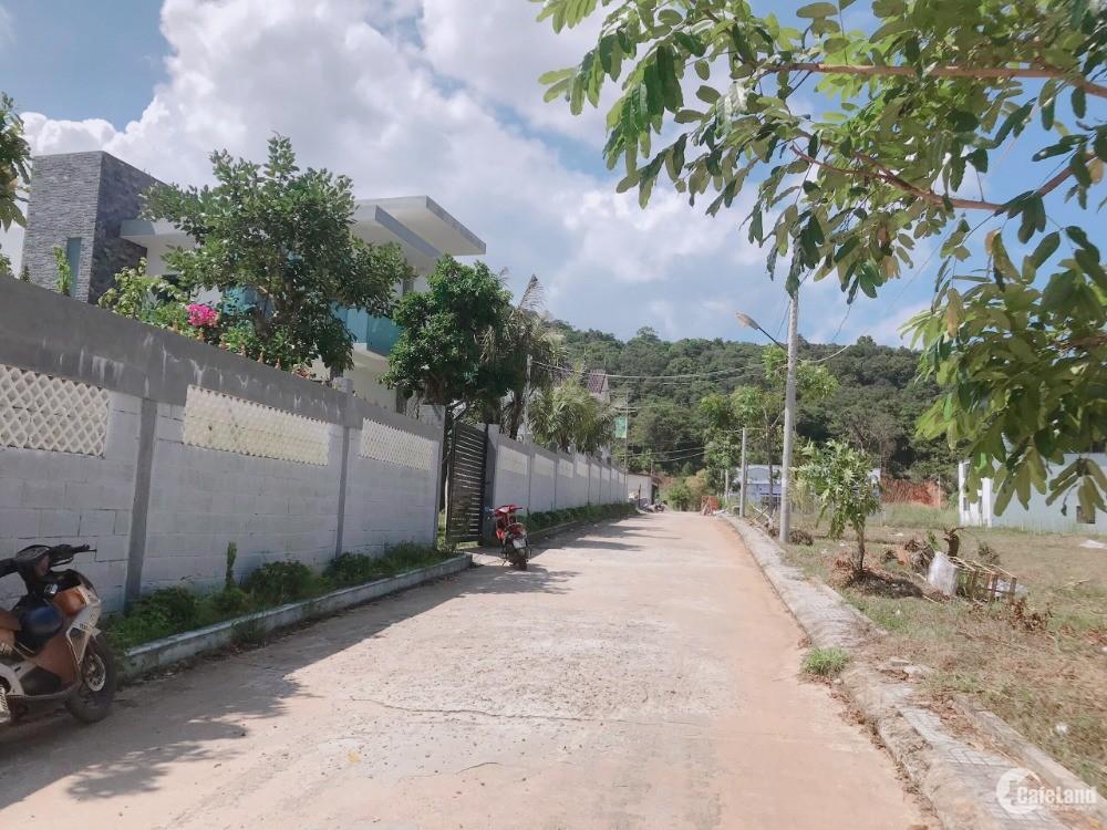 Đất Phú Quốc Thổ Cư gần Thị Trấn Dương Đông, Mà Giá Chỉ hơn 1 Tỷ/Nền