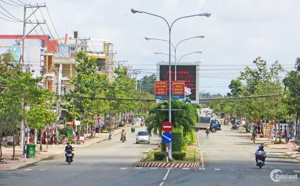 Bán đất đường Hùng Vương, Tân An, gần Vincom, giá chỉ 700tr, thổ cư sổ riêng
