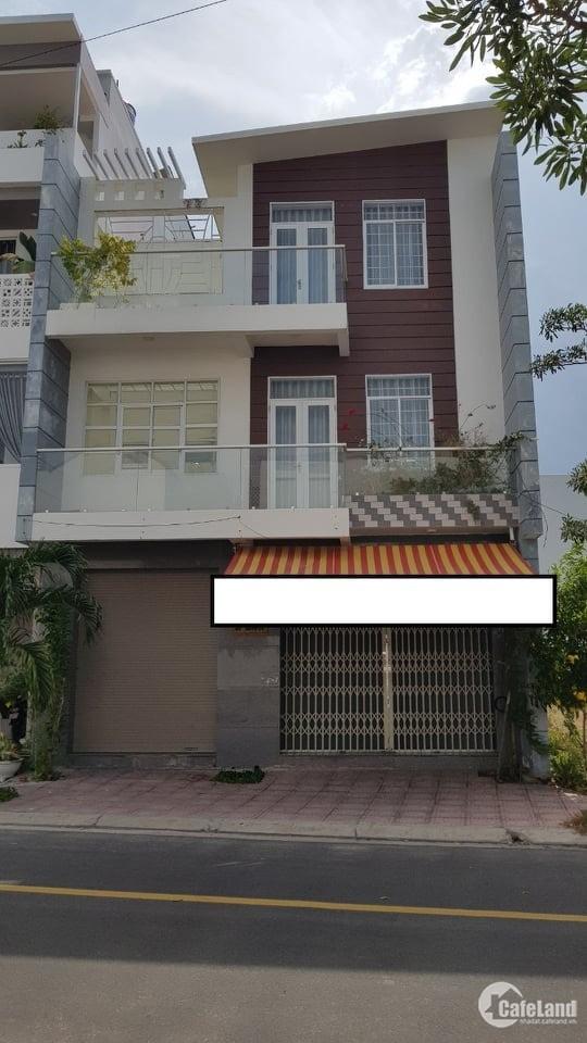 Cho thuê nhà nguyên căn khu đô thị Hà Quang 2.