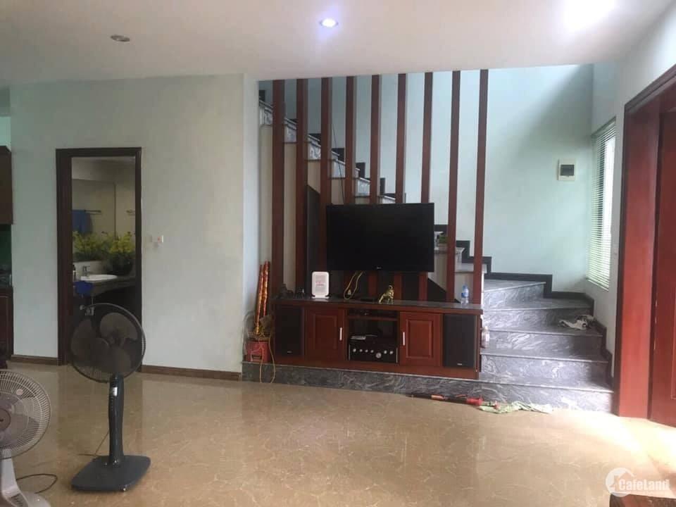 căn nhà riêngcho thuê full đồ Ngọc Trì 170m2
