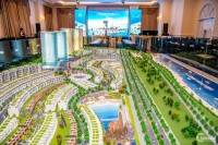 Mũi Né Summerland Resort là tổ hợp giải trí và tiệc tùng theo mô hình Las Vegas