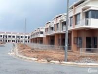 Cần bán căn nhà phố mới xây, tặng xe SH, KCN Mỹ Phước, Bình Dương, Gọi Trí