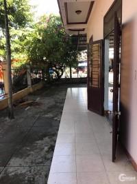 Lô góc đường Huỳnh Thúc Kháng - Hội An