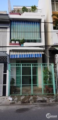 Bán nhà 3 tầng mặt tiền đường Trịnh Phong, p.Phước Tiến, tp. Nha Trang.