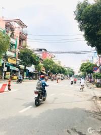 Bán nhà MTKD Nguyễn Sơn ngay cổng chợ  DT  5x16,5m    3 tấm Gía 17,2 tỷ TL
