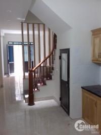 Bán nhà xây mới 3T*32m2 giá mềm nhất khu vực gần cây xăng phố Xốm Phú Lãm, HĐ
