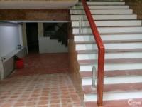 Bán CCMN, CHDV, Khách Sạn ở Kim Đồng Giáp Bát 100m 6T thang máy 16pn giá 12,5 tỷ