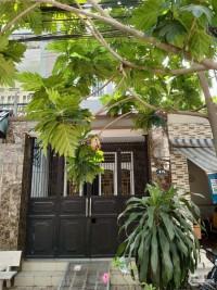 Cần bán gấp căn nhà trên đường Nguyễn Văn Lịch, Linh Tây, Thủ Đức