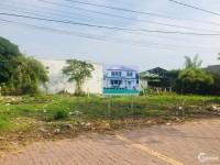 Đất ngay gần đài phát thanh Long Điền,mặt tiền đường Mạc Thanh Đạm. Giá 1,15 tỷ.