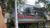Cho thuê nhà làm cafe, nhà hàng mặt phố Hoàng Cầu: 200m2, mặt tiền 12.5m.