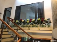 Cho thuê nhà 3 tầng MT đường Hoàng Sĩ Khải, Giá thuê: 27 triệu/tháng