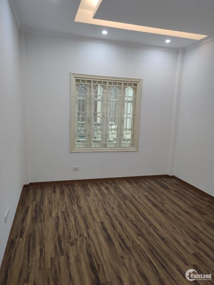 Bán Nhà Xã Đàn Nam Đồng 40m 4 tầng MT 3.8m  3.2 tỷ