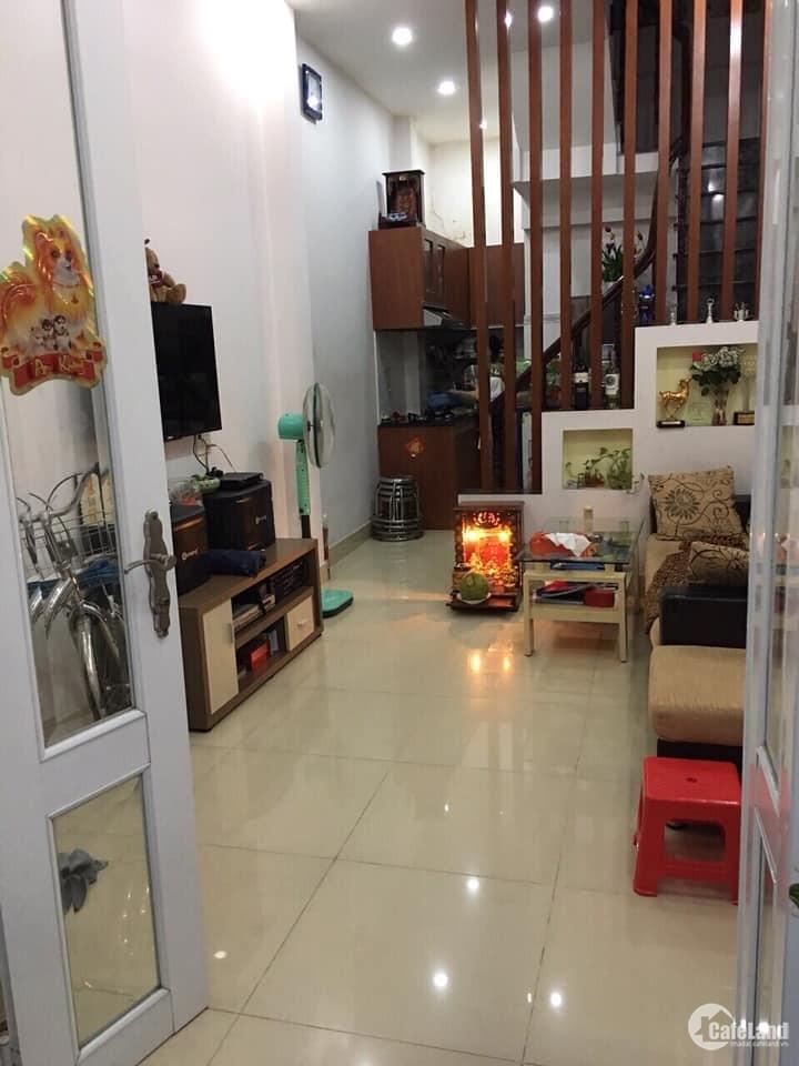 Bán nhà HXH Nguyễn Thiện Thuật,Q3, 4 tầng, tặng nội thất, chỉ 5,5 tỷ