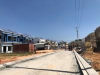 Cần bán căn nhà biệt thự vườn Oasis City, Mỹ Phước, cách QL13 chỉ 600m, bến cát