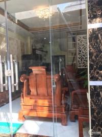 Bán nhà mới xây 4 tầng gần UBND Hoàng Văn Thụ, Hoàng Mai, giá tốt