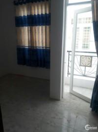 Anh Bình bán nhà 1 trệt 2 lầu 4 phòng ngủ gần chợ Rạch Tra