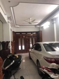Bán nhà Huỳnh Văn Bánh, Quận Phú Nhuận, xe hơi vào nhà, 72m2, 4 lầu, 10,4 tỷ