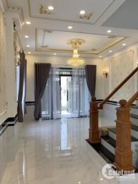 Nhà bán đường 30 Linh Đông, dt 60m2 (5x12m), SHR hoàn công, xây 1 Trệt 2 lầu