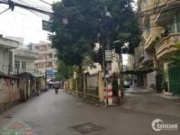 Cho thuê Biệt thự Nguyễn Trãi TX dt 200m 5 tầng mặt tiền 3m giá 35tr